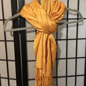 Beautiful yellow Scarf
